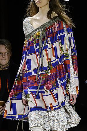 Andreas Kronthaler for Vivienne Westwood 2017/18秋冬巴黎女装发布会细节